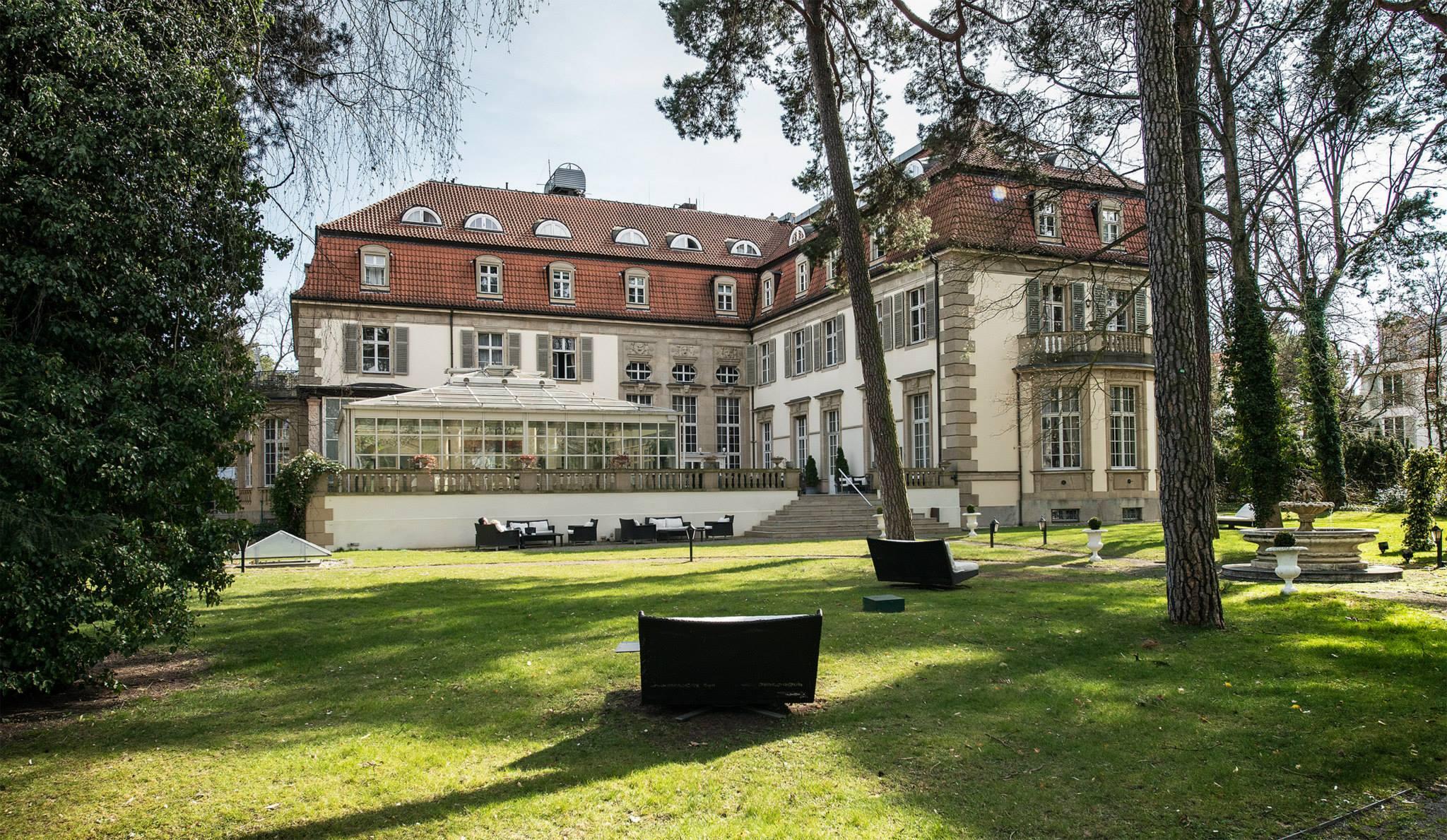 Schlosshotel Grunewald Gartenansicht
